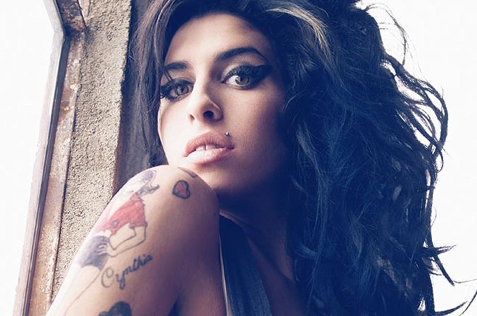 Universal détruit des chansons inédites d'Amy Winehouse