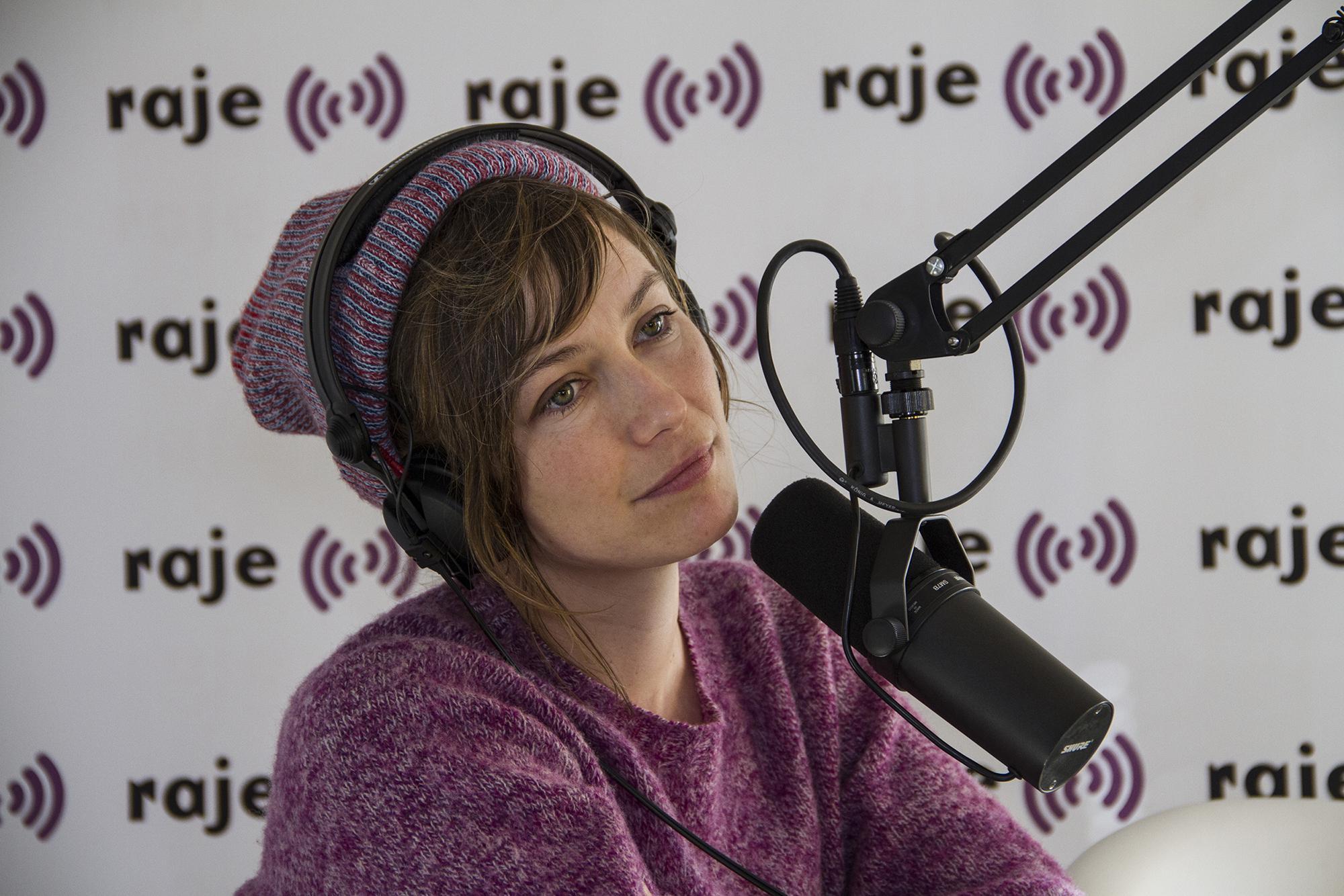 "Exclu RAJE: l'interview ""jet lag"" de Mina Tindle"