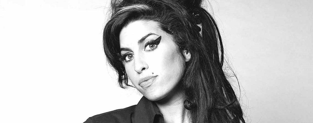 Fan d'Amy Winehouse ? Un concours de reprises a été lancé pour les dix ans de l'album Back To Black