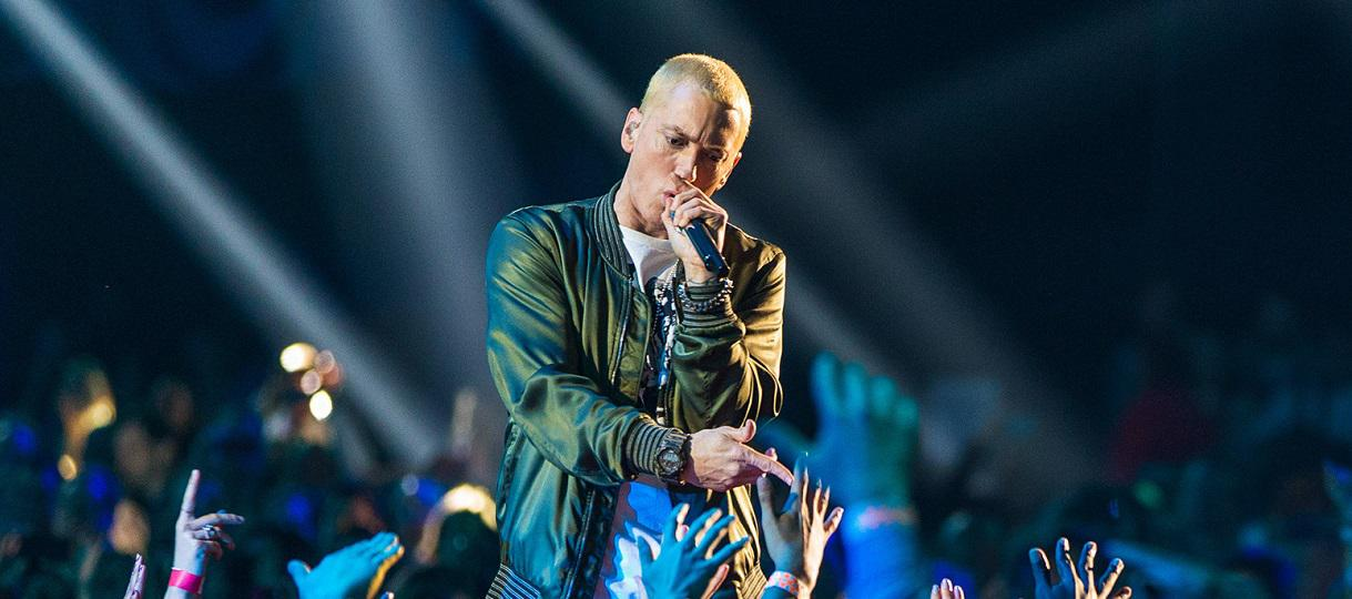 Eminem fait son grand retour avec Walk on Water