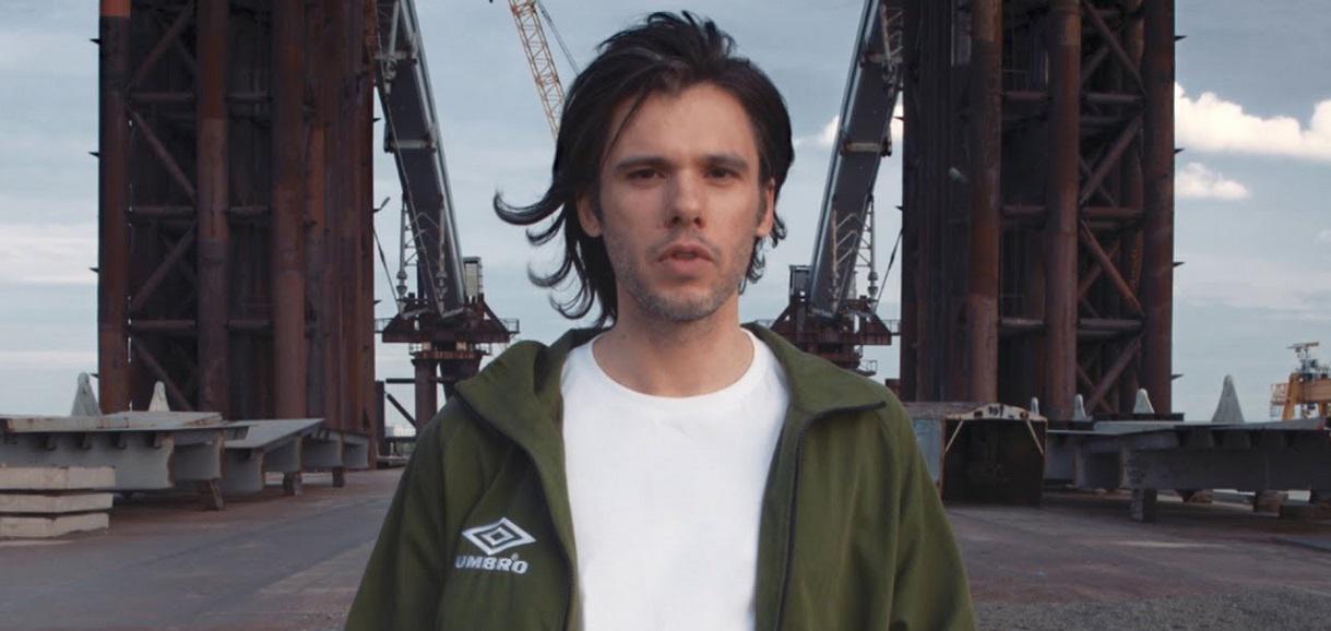 Orelsan nous en dit plus sur son nouvel album